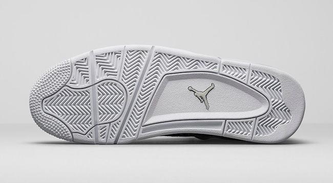 Air Jordan 4 Retro Premium Light Bone 5